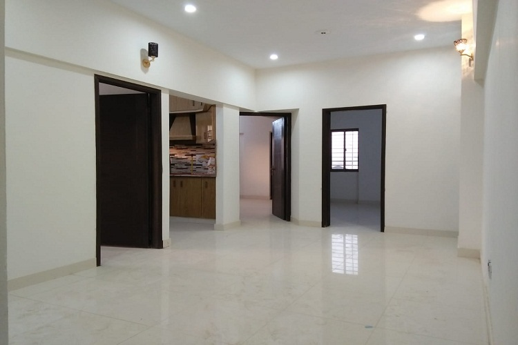 5 Rooms Luxury Apartment on Rent North Nazimabad Block N