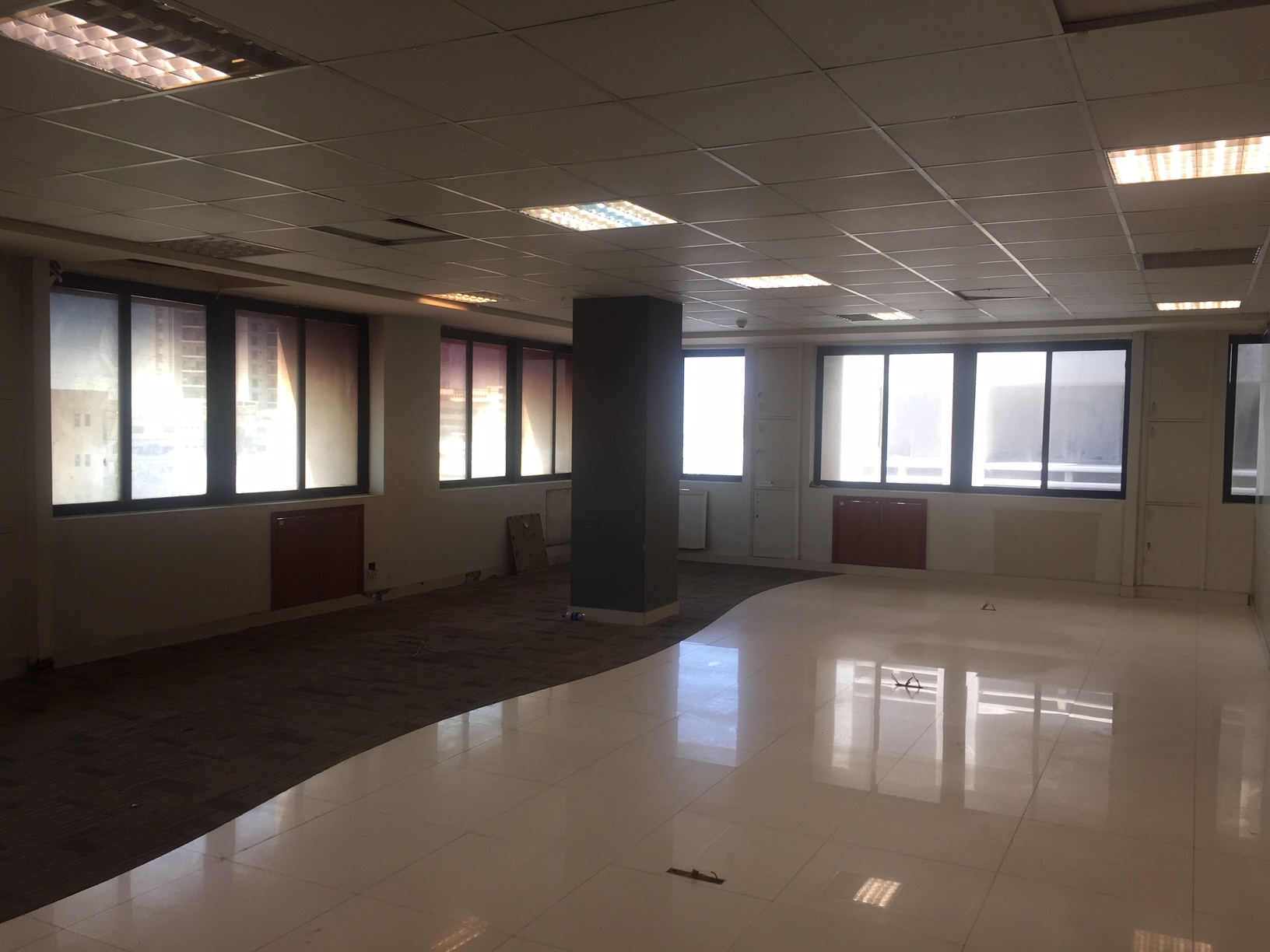 2000 sq-ft Office Space on Rent in Clifton